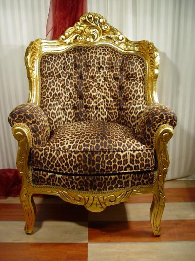 gigantischer prunksessel aes cat588 palazzo int. Black Bedroom Furniture Sets. Home Design Ideas
